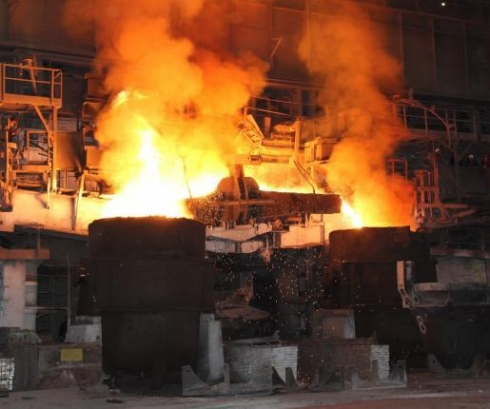 The last production of steel at TAGMET's open-hearth furnace